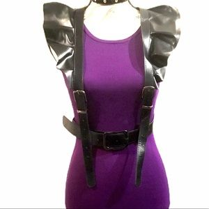 Accessories - Sexy Black Leather Ruffle Harness Belt